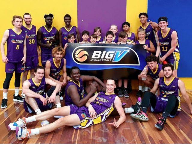 https://altonabasketball.com.au/wp-content/uploads/2021/03/Juniors-supporting-Altona-Gator-Seniors-640x480.jpg